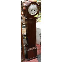 ANTIQUE GRANDMOTHER CLOCK WITH PENDULUM & KEY