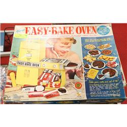 VINTAGE EASY BAKE OVEN IN ORIGINAL BOX