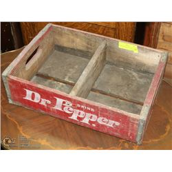 RARE WOODEN DR. PEPPER BOTTLING COMPANY POP CRATE