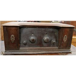 ANTIQUE NORTHERN ELECTRIC RADIO - NOT TESTED