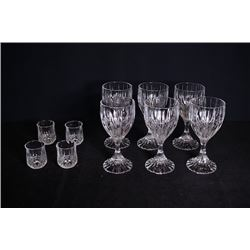 Crystal stem-cups for 6 pieces + crystal small cups for 4 pieces.