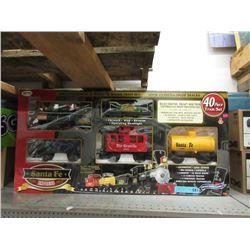 Santa Fe 40 Piece Train Set