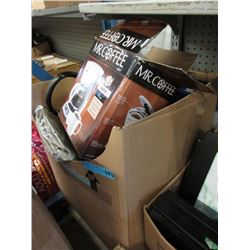 Large Box of Assorted Household Goods