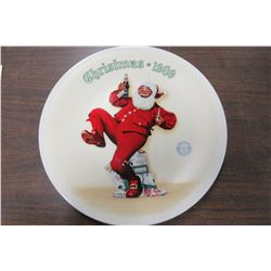 """""""JOLLY OLD ST. NICK"""" KNOWLES COLLECTOR PLATE"""