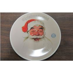 """""""SANTA CLAUS"""" KNOWLES COLLECTOR PLATE"""