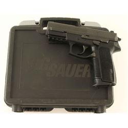 Sig Sauer SP2022 .40 S&W SN: 24B071140
