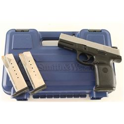 Smith & Wesson SW40VE .40 S&W SN: RBB9949