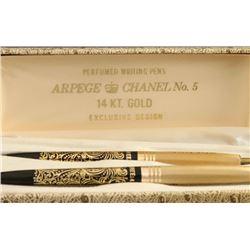Chanel No. 5 Pen Set