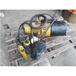 Vulcain Hoist 1/4 ton 550v (tested)