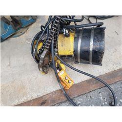 Vulcain Hoist 1 ton 550v (tested)