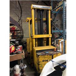 """Crown Forklift 170"""" 24v"""