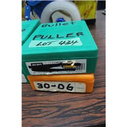 Bullet Puller & a 30.06 Die Set