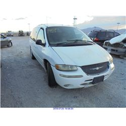 2000 - CHRYSLER TOWN AND COUNTRY // REBUILT SALVAGE