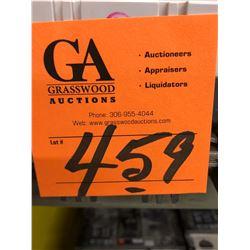 4 Eaton Circuit Breaker 40 AMP, 3 - 125 AMP - 600 VAC-CA 3 Pull