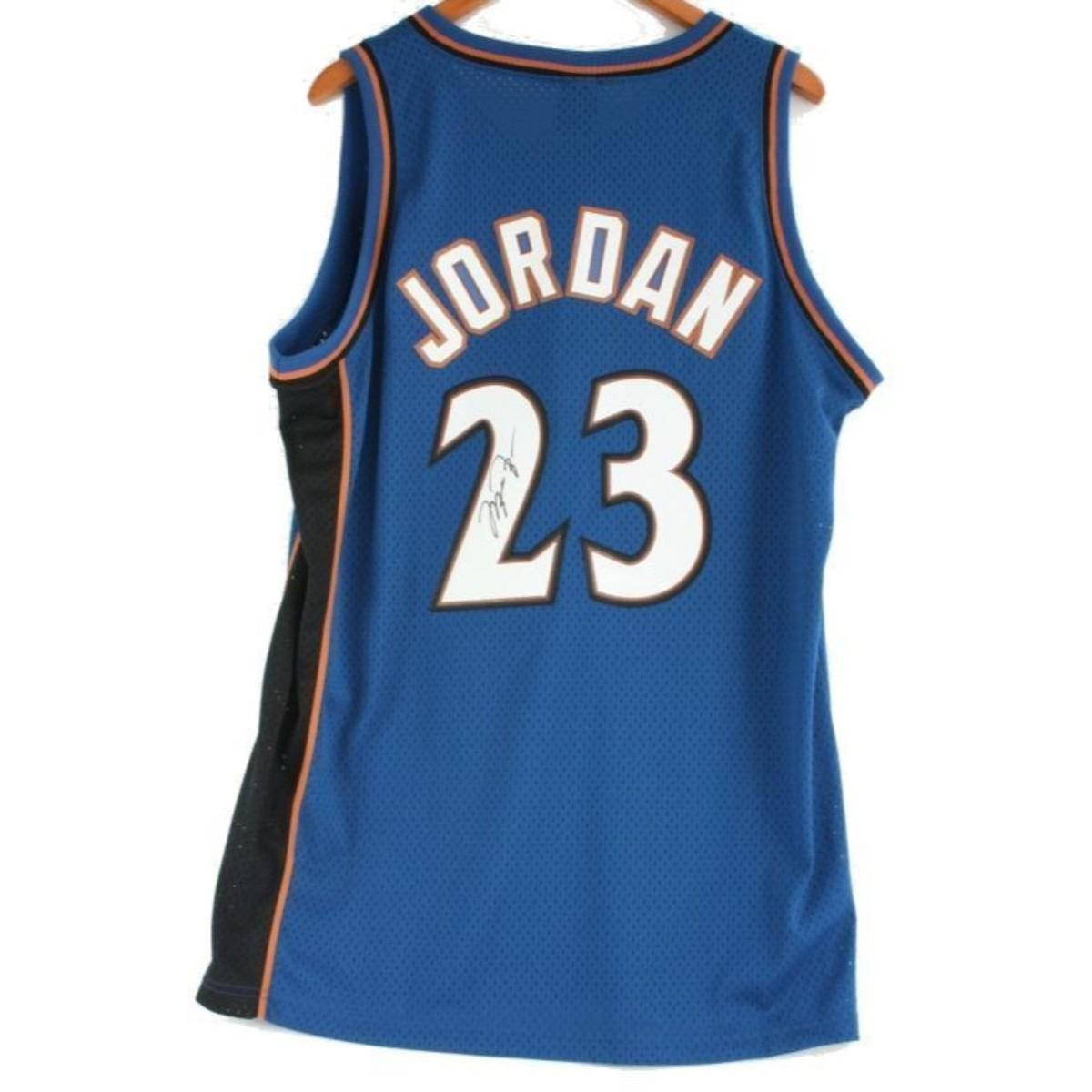 the latest 94589 d2e45 Autographed Michael Jordan, #23 Wizards Jersey
