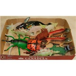 FLAT OF TOY LIZARDS AND MORE