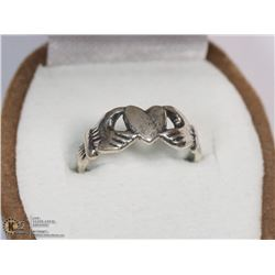 STERLING SILVER RING SIZE 2.75