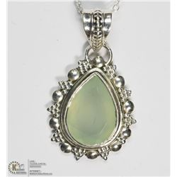 STERLING SILVER CHALCEDONY NECKLACE (5 GRAMS)
