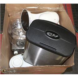 BOX OF ASSORTED KITCHEN ACCESSORIES, GARBAGE BIN