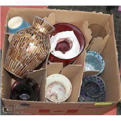 BOX OF ASSORTED VASE