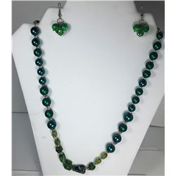 13)  SHADES OF GREEN NECKLACE &
