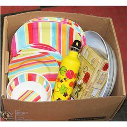PLASTIC KITCHENWARE BOX