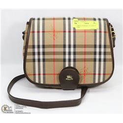 WOMENS BURBERRY PATTERNED PURSE