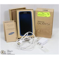SAMSUNG GALAXY S4 CELL PHONE WITH CHARGER AND