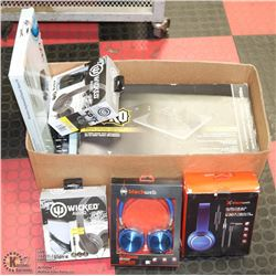 BOX OF ASSORTED ELECTRONICS, INCLUDES HEADPHONES