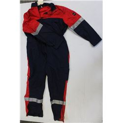 FRISTADS ANTI-FLAME COVERALLS SIZE: 62/52
