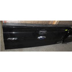 FORD F150 KING RANCH TAILGATES ON CHOICE: BLACK