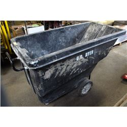 LARGE COMMERCIAL PLASTIC WASTBIN ON WHEELS