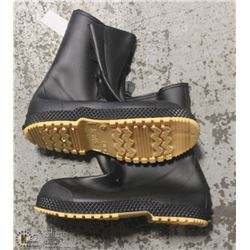 CASE OF HONEYWELL SERVUS SIZE:15 RUBBER OVERBOOTS