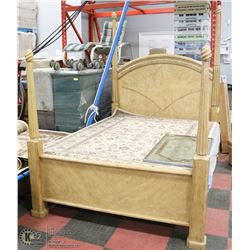 QUEEN SIZE 4 POST BED FRAME
