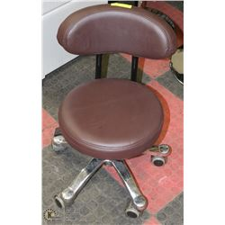 SMALL BROWN HYDRAULIC LIFT PEDICURE CHAIR