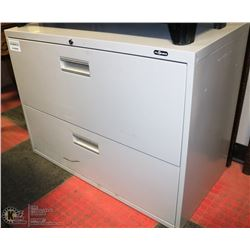 OFF WHITE 2 DRAWER FILING CABINET 36 X 18 X 27