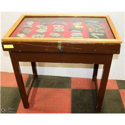 GLASS TOP SHOW CASE TABLE WITH LOCK, 18X2X29
