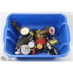 BIN OF MISCELLANEOUS PLUMBING, GAS  GAUGES