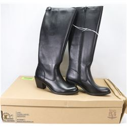 NEW GENUINE 1976 GENUINE LEATHER BOOTS SIZE 10