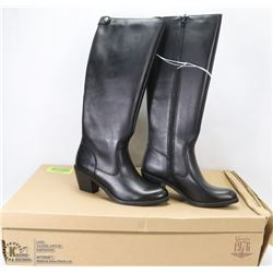 NEW GENUINE 1976 GENUINE LEATHER BOOTS SIZE 8.5