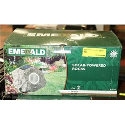 PACK OF 2 EMERALD SOLAR POWERED ROCKS