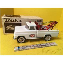 TONKA TOW TRUCK #518 WRECKER
