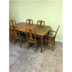 TABLE & 6 CHAIRS, 2 LEAVES OAK W/CENTER SUPPORT