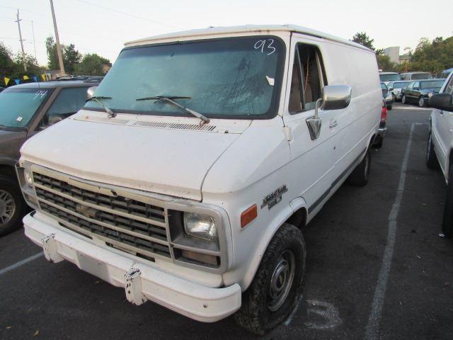 bd4453c3655d17 1995 Chevrolet G20 Van - Speeds Auto Auctions