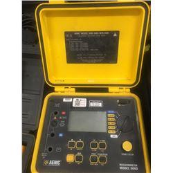 Megohmmeter model 5060 / AEMC instruments with case