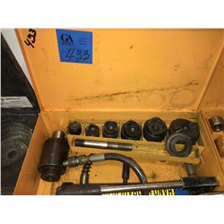 1- Knock out Punch Set W/Hydraulic Pump