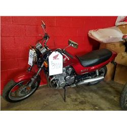 HONDA VINTAGE 1992 VINTAGE NIGHTHAWK CB750 MOTORCYCLE