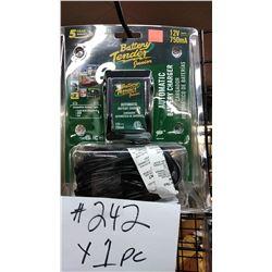 NEW BATTERY TENDER JR, CHARGER / $42.99