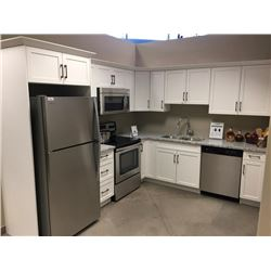 NEW Display Kitchen Cabinet Set, White shaker style with 20 doors  Granite Counter Top.Includes all