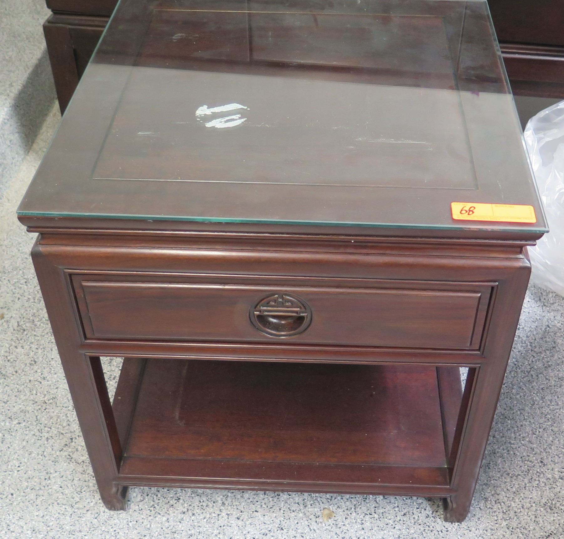 Dark Wood Nightstand With Glass Top 22 X 22 X 23h